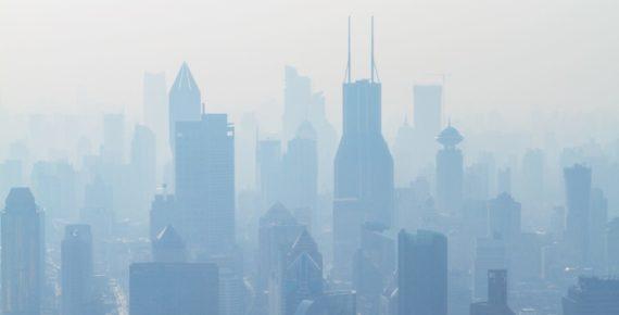 Letture per il weekend: a Milano c'è troppo smog, qualcuno ha pioggia da prestarci?