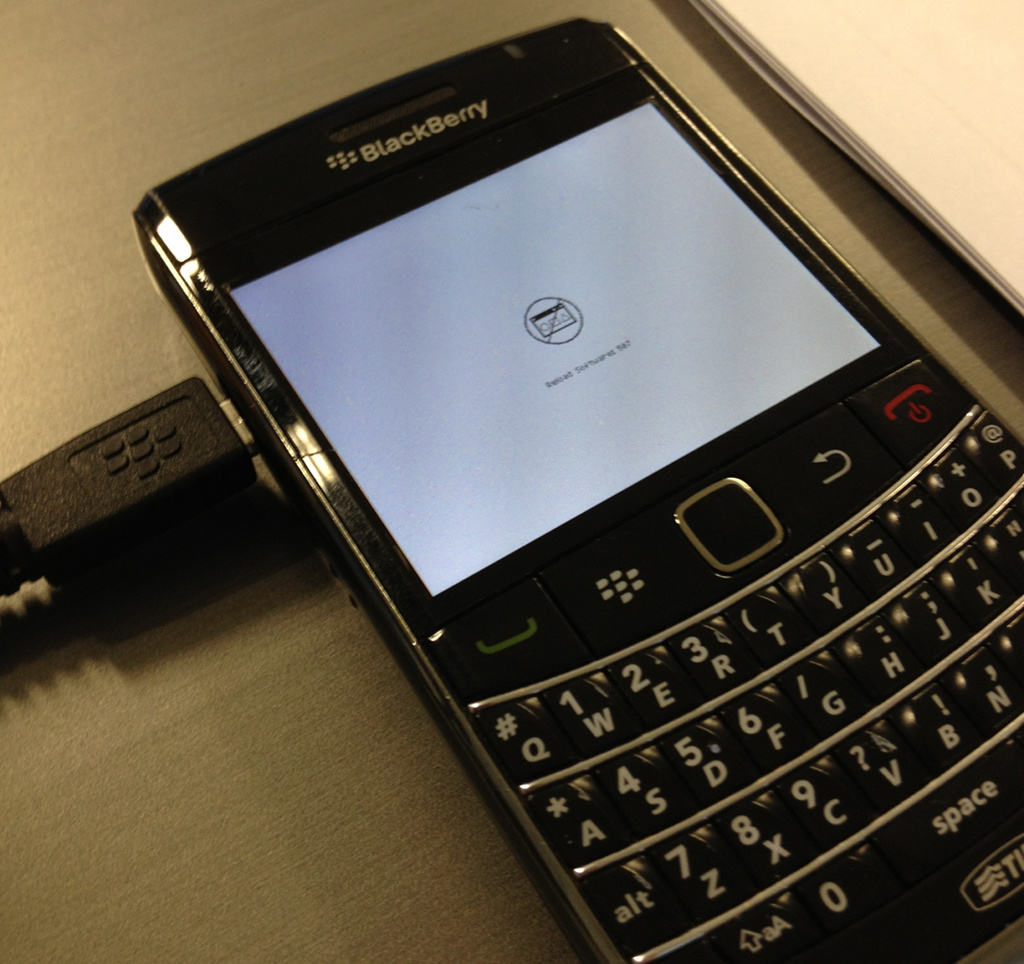 Official OS 7.1.0.923 for the BlackBerry Bold 9900 from ...